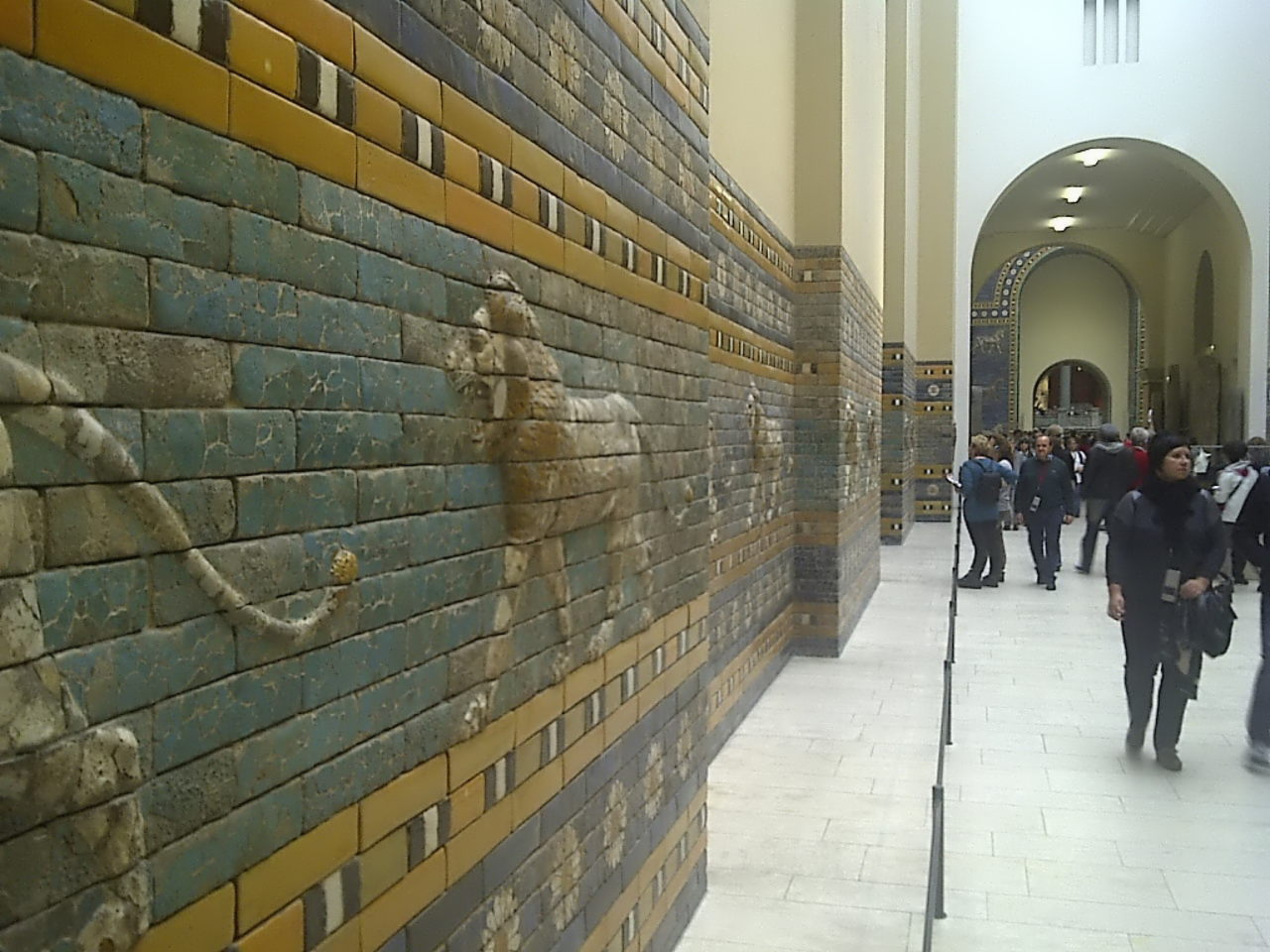 Ishtar Gate, procession street, left view #2