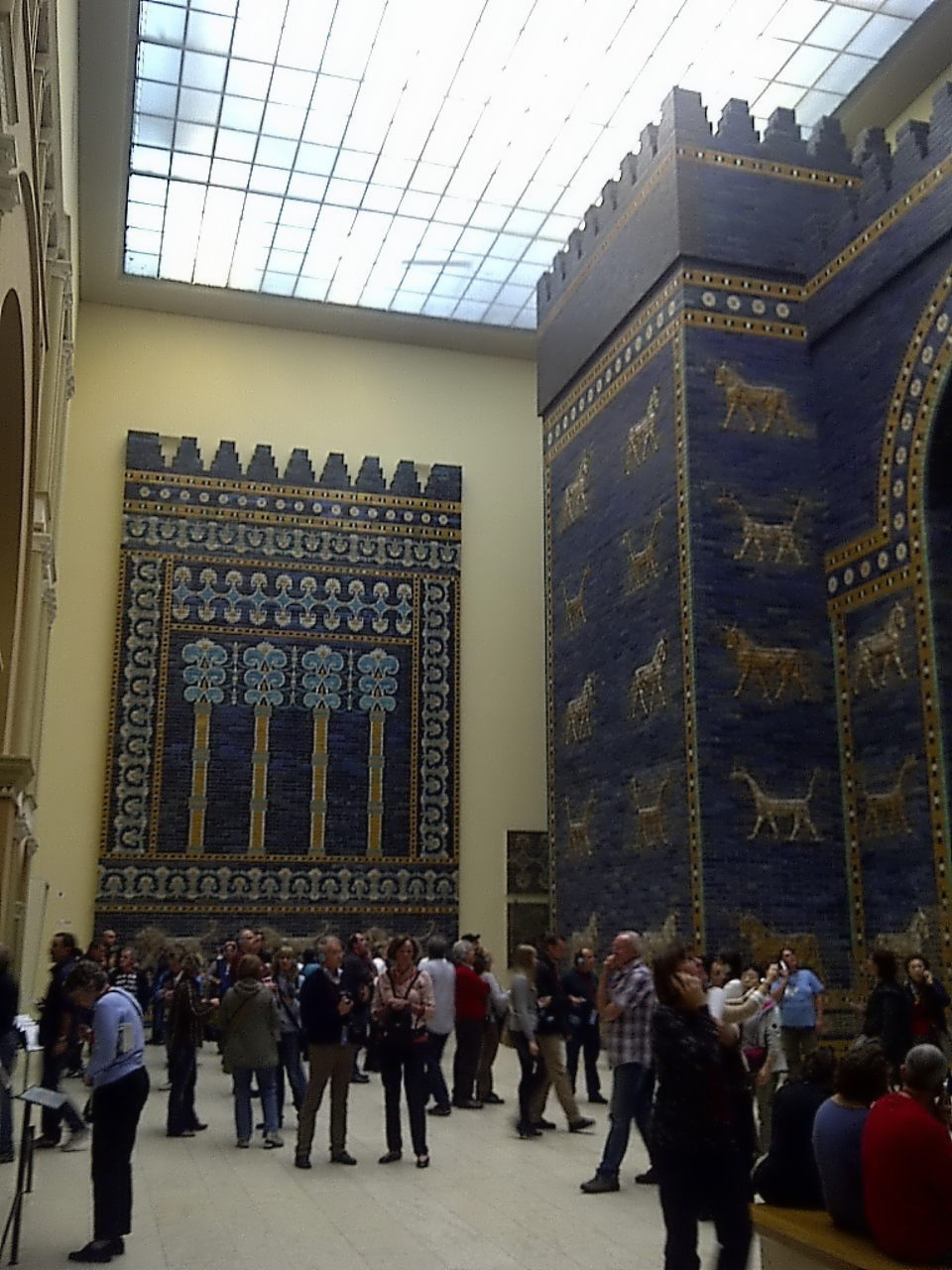 Ishtar Gate, tower and wall