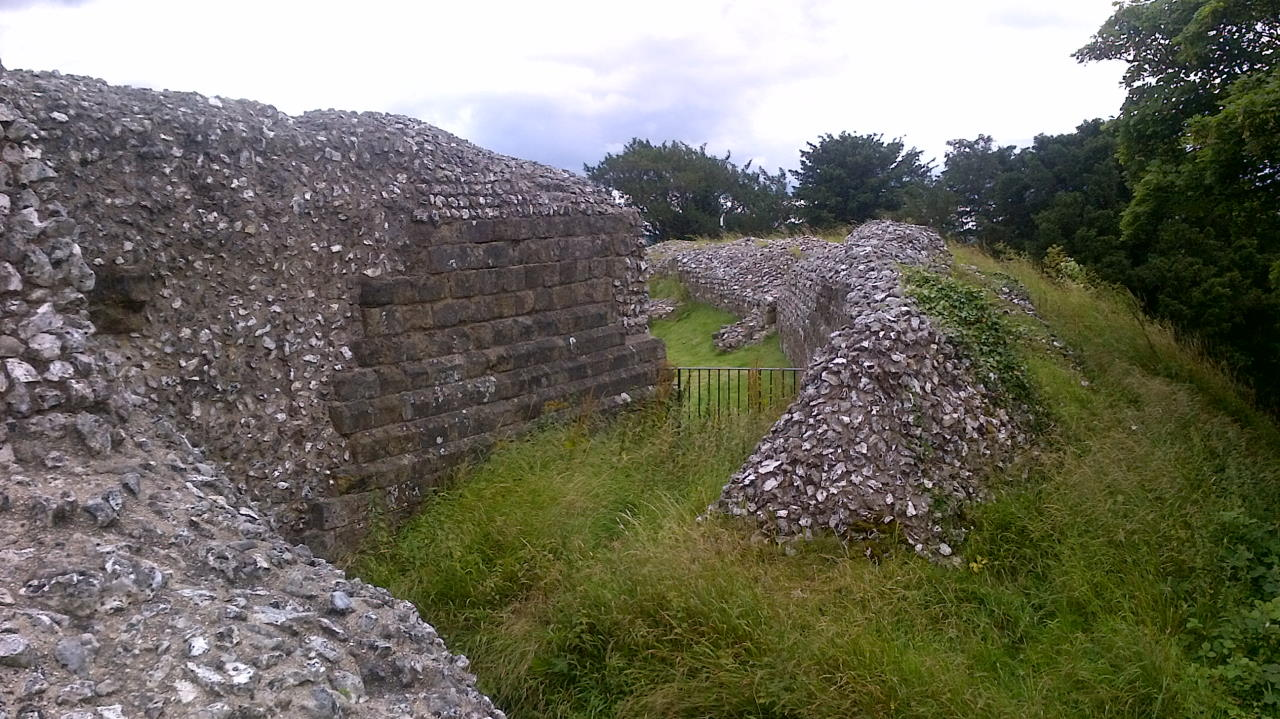Old Sarum, In the Basements, earth wall