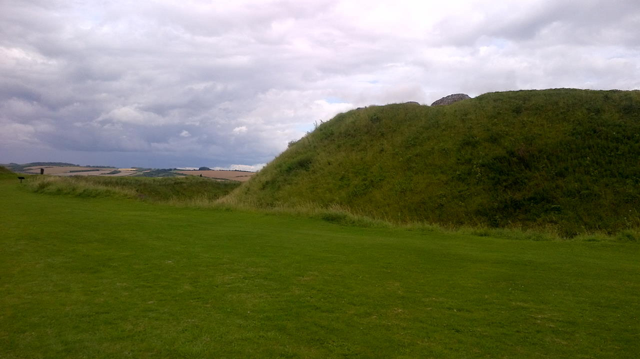 Old Sarum, The Bishops and their Cathedral, earth wall right