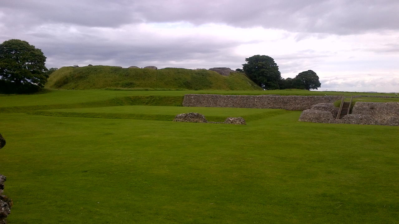 Old Sarum, The hidden Cathedral, wall