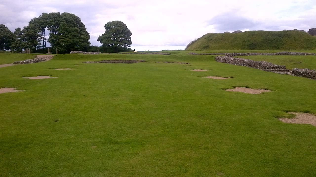 Old Sarum, To the glory of God, inside view